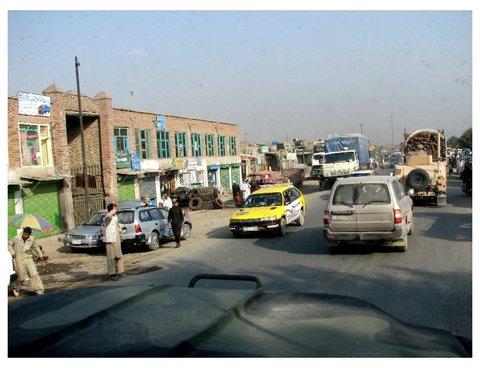 Framed_templeton_kabul_traffic_5